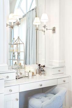 Markay Johnson Construction - bathrooms - white make-up vanity, make-up vanity, built-in make-up vanity,