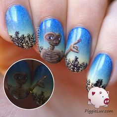 AHHH!!! I WANT MY NAILS LIKE THIS!!!♡♡♡♡♡ I love E.T!!