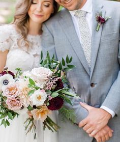 Oh what a joy it is to see a little bit of #thelesserbear ribbon peeking out under beautiful flowers in a beautiful photo of a beautifully planned wedding of beautiful people! (Can you tell I like it? )  @jennyhaasphotography  @stateandarrow Styling @auburnandivorycreative