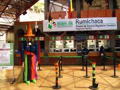 Control migratorio en #Rumichaca #Colombia (frontera con #Ecuador)  placeOK, Oct 2013