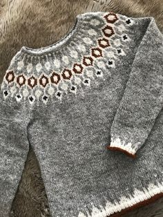 Fair Isle Knitting Patterns, Sweater Knitting Patterns, Icelandic Sweaters, Character Outfits, Knitted Hats, Knitwear, Knit Crochet, My Style, How To Wear