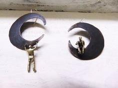 Moon Handmade EarringsLittle People Climbing by pepeyoyojewellery