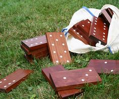 Make your own DIY yard dominoes. Step-by-Step Instructions: http://www.bhg.com/home-improvement/porch/outdoor-rooms/diy-backyard-games/?socsrc=bhgpin092915diyyarddominoes&page=13