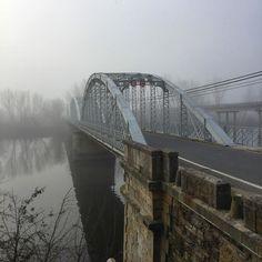 Hoy he visto a uno de mis #puentes preferidos el metálico sobre el #Alagón en #Coria. #lascarreterasdeExtremadura
