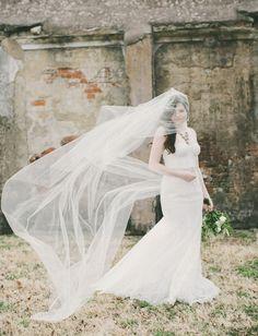 green wedding shoes | flowing veil | floor length wedding veil | wedding dress inspiration | wedding style