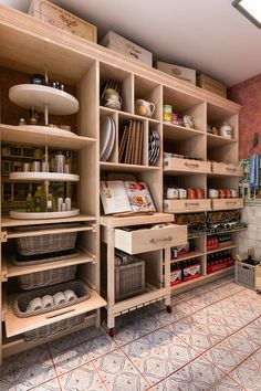 Create the perfect pantry, home bar, or wine cellar with a free design consultation. Our experts will help you select pantry shelves, wine racks, and more. - closet factory