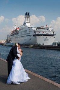 Cruise Weddings That Won't Break The Bank. Our tips on budgeting your cruise wedding.