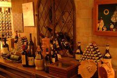La Canticalana - The wine cellar www.tritone.it www.lacaladellelampare.it Il ristorante del Tritone