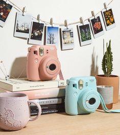 Poloroid Camera, Polaroid Instax Mini, Instax Mini 8, Fujifilm Instax Mini, Tumblr Polaroid, Instax Mini Ideas, Camara Fujifilm, 4 Image, Camera Hacks