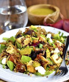 Chicken, Bacon, Date and Brussels Sprouts Quinoa Power Salad http://www.recipesfeedfood.com/chicken-bacon-date-and-brussels-sprouts-quinoa-power-salad/