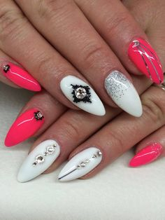 by Indigo Nails Sweden :) Follow us on Pinterest. Find more inspiration at www.indigo-nails.com #nailart #nails #indigo #pink #swarovski #aztec