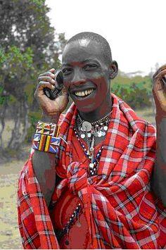 Vrijwel iedereen die naar Kenia of Tanzania gaat komt er mee in aanraking of hoort verhalen over de Masaï. Maar wie zijn zij werkelijk?