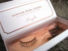 Beauty Reductionista: Beautiful fluttery lashes with ESQIDO Mink Lashes