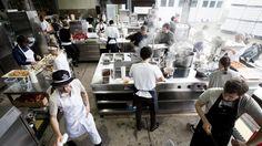 Eine Auswahl der weltbesten Köche kochte im Mühltalhof der Familie Rachinger in Neufelden auf. Darunter Ana Ros, aktuell die Nummer eins der Köchinnen-Rangliste. Im Interview spricht sie auch über die Rolle der Frauen in der Profiküche. Interview, Number One, Beer, World
