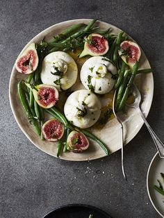 This recipe for burrata with green beans (burrata e fagiolini) makes a fantastic starter or sharing dish. Use fresh mozzarella if you can't get hold of burrata. Serve this with thick slices of crusty sourdough bread. The recipe was taken from Sharing Puglia: Simple, Delicious Food From Italy's Undiscovered Coast (£25, Hardie Grant).
