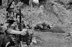 Chechnya. Near Itum-Kale. August 4, 1996.  Chechen fighters in the Mountains.  Photograph: Thomas Dworzak/Magnum Photos