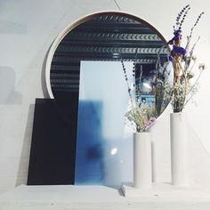 Mirrors & flowers