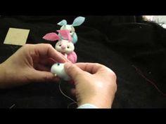 DIY caritas de muñecas miniatura con botones tela y cintas . clips miniature doll hair - YouTube