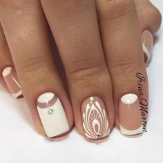 There are nail designs that include only one color, and some that are a combo of several. Some nail designs can be plain and others can represent some interesting pattern. Also, nail designs can differ from the type of nail… Read more › Fancy Nails, Cute Nails, Pretty Nails, Fabulous Nails, Gorgeous Nails, Nail Photos, Manicure E Pedicure, Manicure Ideas, Nail Swag