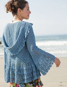 Source: http://www.ravelry.com/patterns/library/azul-3