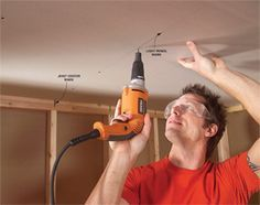 Common Drywall Installation Mistakes and How to Avoid Them These tips will help you do a professional-quality job Hanging Drywall, Handyman Projects, Drywall Installation, Drywall Repair, Diy Home Repair, Home Repairs, Home Reno, Diy Home Improvement, Basement Remodeling
