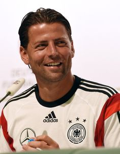 Germany s goalkeeper Roman Weidenfeller smiles during a press conference in  Santo Andre on June 19 bdbf01764
