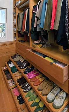 Awesome idea for right side of our closet