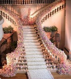 The wedding is the most romantic and warmest event. The wedding scene should also be decorated with beautiful decorations. Wedding decorations with flowers are the best choice for most brides and grooms. How to decorate Read more… Wedding Goals, Wedding Themes, Wedding Designs, Wedding Events, Wedding Scene, Wedding Ceremony, Wedding Flowers, Wedding Colours, Wedding Receptions