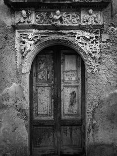 Averno (Italy) http://500px.com/photo/14238689
