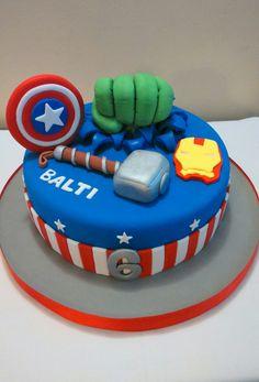 Vengadores cake