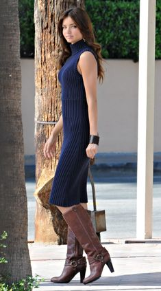 Dress and boots Miranda Kerr Style, Dress For Success, Dress With Boots, Outfit Posts, Types Of Fashion Styles, Girl Crushes, Passion For Fashion, Girls, Autumn Fashion