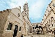 diocletian's palace in split - Google Search Cool Places To Visit, Continents, Fun Activities, Adventure Travel, The Good Place, Palace, Travel Tips, Europe, World