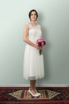 Beautiful Wedding Dresses and more lovingly designed and created in the heart of Wellington New Zealand by our small and experienced team at Sophie Voon Bridal. Swan Lake, Lace Bodice, Tea Length, Separates, Silk Satin, Whimsical, Tulle, Romantic, Gowns