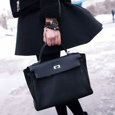 Leather works on Pinterest | Hermes, Leather Card Case and Briefcases