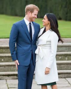 How Meghan Markle's Divorce Could Impact Her Wedding Invitations - TownandCountrymag.com