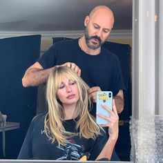 Hailey Baldwin's Shaggy Bangs Are So Freaking Cool, Stevie Nicks Would Approve Haar Pony hailey Hailey Baldwin Is Now Sporting Shaggy Bangs, and We Can't Stop Staring Hailey Baldwin, 70s Haircuts, Haircuts With Bangs, Long Shaggy Haircuts, Cool Haircuts, Long Curly Hair, Curly Hair Styles, Bangs Long Hair, Lob Bangs