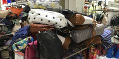Premiere stores are filled with clutter - Business Insider