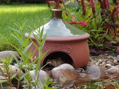 Ceramic Toad House offers year-round shelter for beneficial frogs and toads! Frogilo Toad House with split floor design in natural terracotta with glazed roof Frog House, Toad House, Winter House, Winter Garden, Solar Light Crafts, Diy Solar, Beneficial Insects, Water Element, Frog And Toad