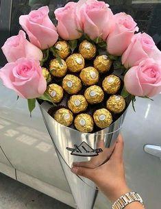 Anneler günü için gül demeti ve top çikolata buketi fikri | Kadınca Fikir - Kadınca Fikir