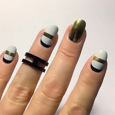 @ohmygoshpolish did an awesome application video of this mani on her @youtube channel. #GeoFrenchTwistJN #MirrorMetallicGoldJN #Jamberry