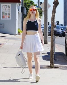 elle-fanning-wearing-a-tennis-outfit-beverly-hills-9-30-2016-3.jpg (1280×1631)