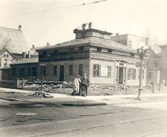 Godfrey House being torn down, Fulton & East Park - 1929