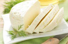 2 լիտր կաթից 1 կգ մաքուր անարատ պանի՞ր, այն էլ առանց կոնսերվանտների, անհավատալի է — News 94 Daily Honeydew, Vanilla Cake, Feta, Camembert Cheese, Dairy, Fruit, Cooking, Desserts, Kitchen