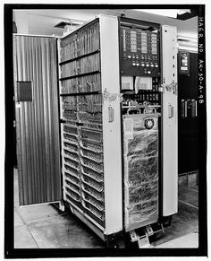 IBM 7090 magnet core installation. Will that fit on my desk?