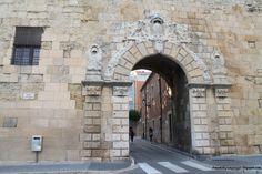 Puerta en la muralla de Tarragona