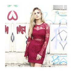 Aquele dress apaixonante para curtir a noite! Renda + recortes = ❤️ #fashion #love #moda #style #shoponline #NomadSoul  #lojabySiS  www.lojabysis.com.br
