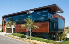 Street View, Exceptional Glass & Wood Home in Los Angeles, California