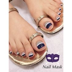 Pedicure Essentials and Designs Pretty Toe Nails, Cute Toe Nails, My Nails, Toe Nail Color, Toe Nail Art, Nail Colors, Fabulous Nails, Gorgeous Nails, Gold Nails
