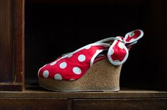Rare Vintage Goody Two Shoes New York City by HouseofSeance