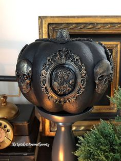Whether your decor is dark and moody all year round or just at Halloween, this Victorian Gothic Glam Pumpkin is the perfect addition to your Gothic home. Chic Halloween, Halloween Fashion, Holidays Halloween, Vintage Halloween, Halloween Pumpkins, Halloween Crafts, Gothic Halloween Decorations, Halloween Mantel, Halloween Scene
